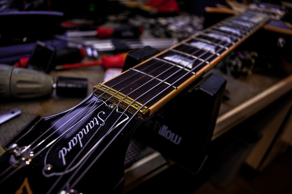 6 Reasons You Need To Get A Guitar Setup Right Now