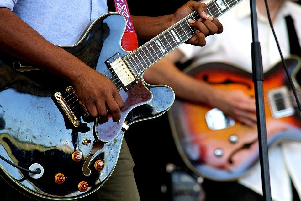 5 Awesome Books For Learning Jazz Guitar Theory