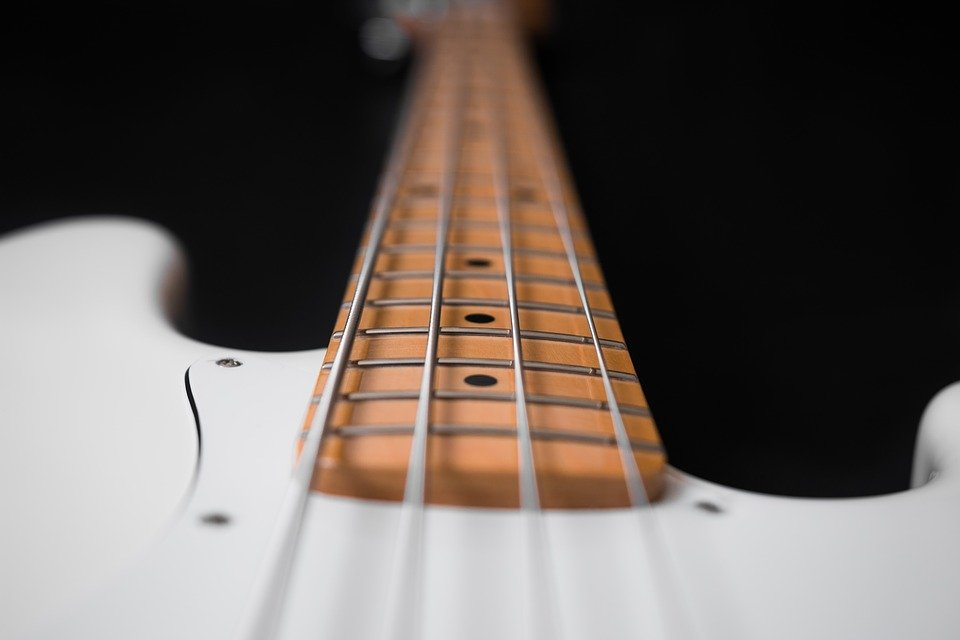 The Best Bass Guitar Books For Learning Metal